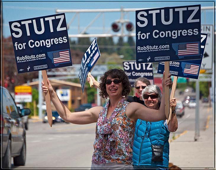 two_signs_for_stutz
